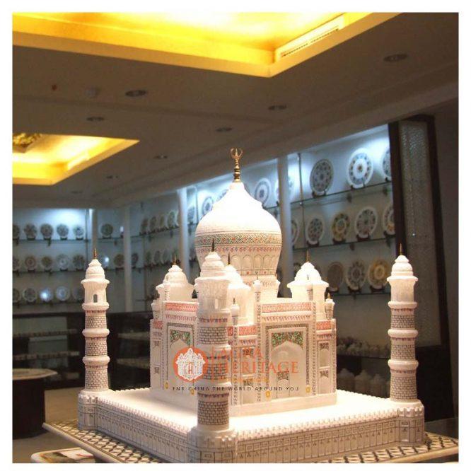 Decorative Marble White Tajmahal Statue Living Decor
